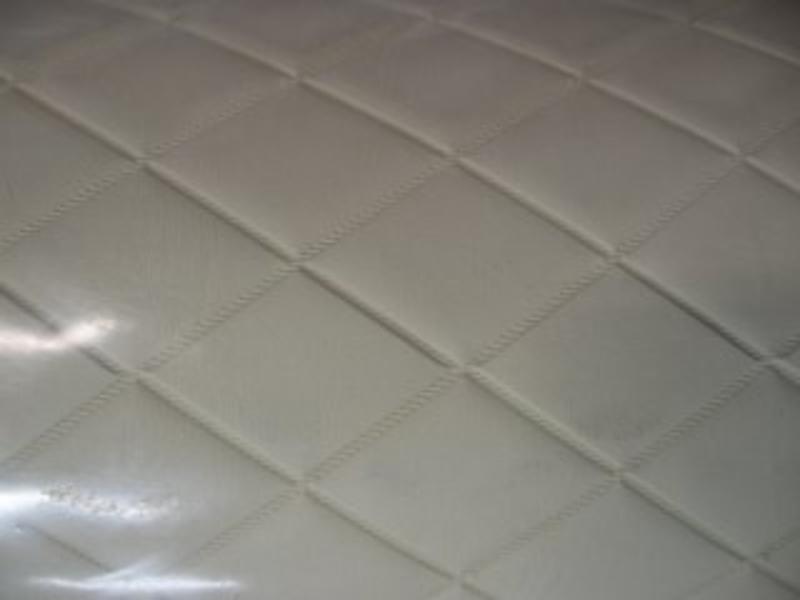 Vinyl met ruiten Ivory diamond creme   140cm breed