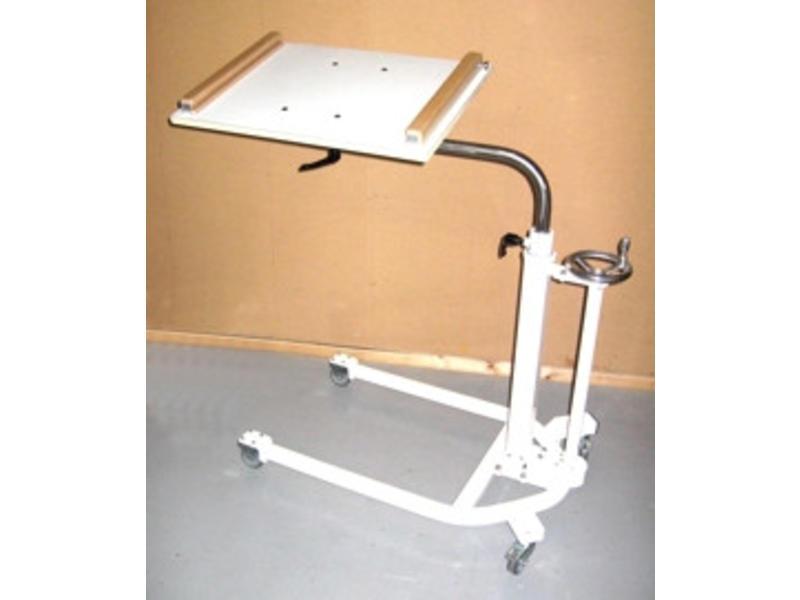 Atelier Michel Koene Activiteitentafel bed-rolstoel tafel- breedte en hoogte v   110-165cm