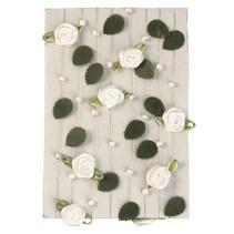 Rose garland med blader + pearl white