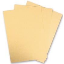 1 feuille de carton métallisé, catégorie Extra, en couleur or brillant!