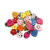 Les perles de bois avec des smileys et autres motifs: Bijoux pour enfants