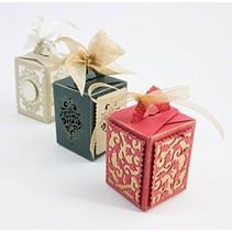 SET Tonic, poinçonnage et gaufrage pochoirs, Box + 4 Cadre de Noël!