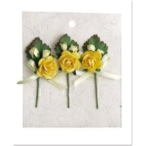 3 Mini rose bouquets avec l'arc jaune