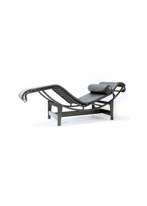 "Cassina Corbusier LC4 ""Full Black edition"""