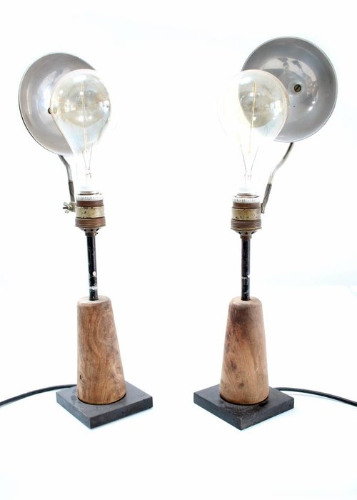 Link industrial light bulbs