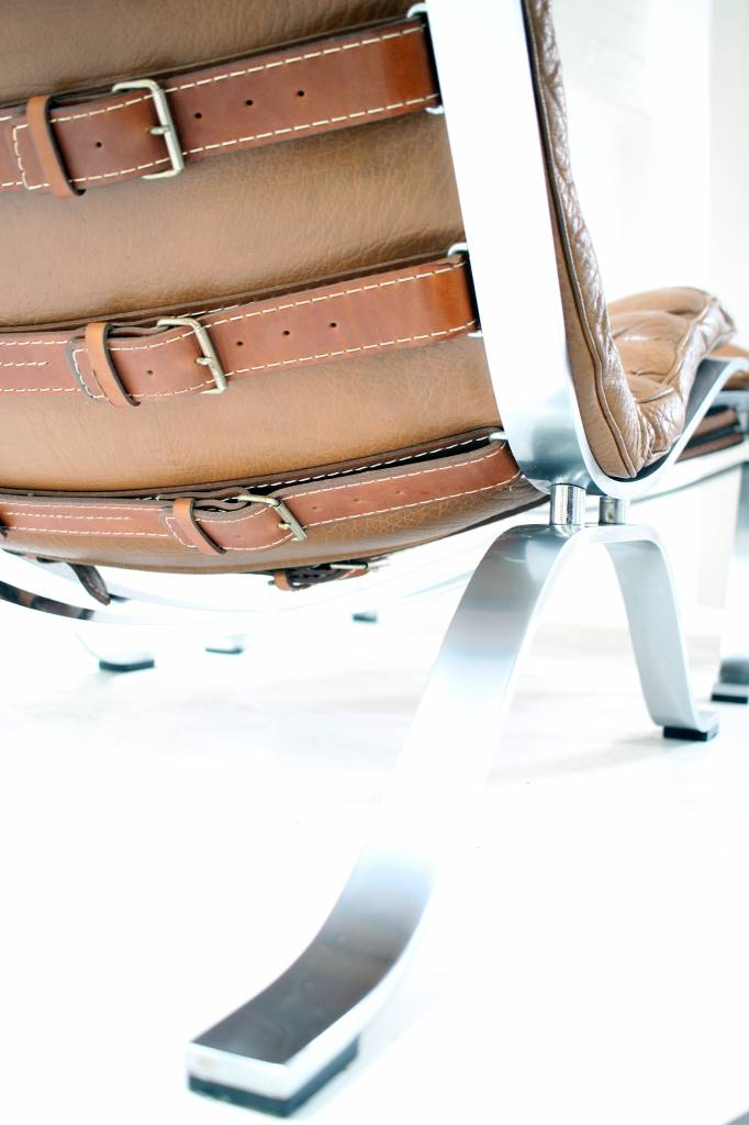 Vintage Ari chair ontworpen door Arne Norell voor Norell Møbel.