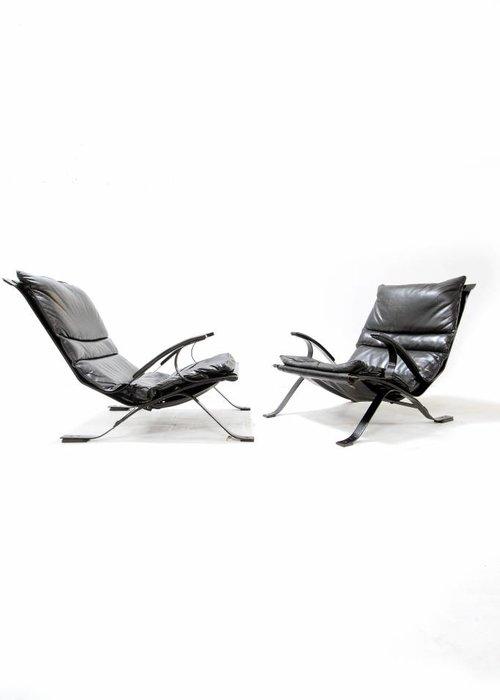 Set Tuman chairs