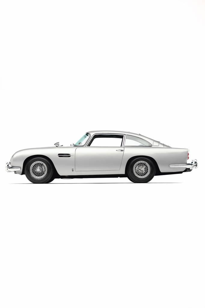 Aston Martin DB5  schaal 1:8 James bond