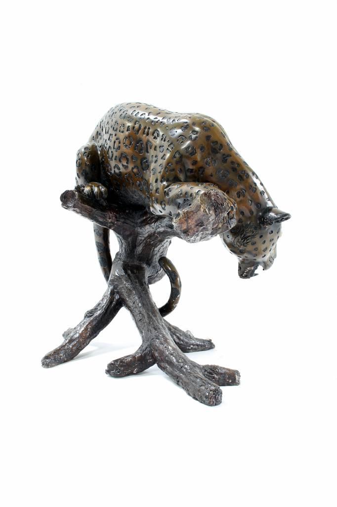 Groot beeld bronzen luipaard