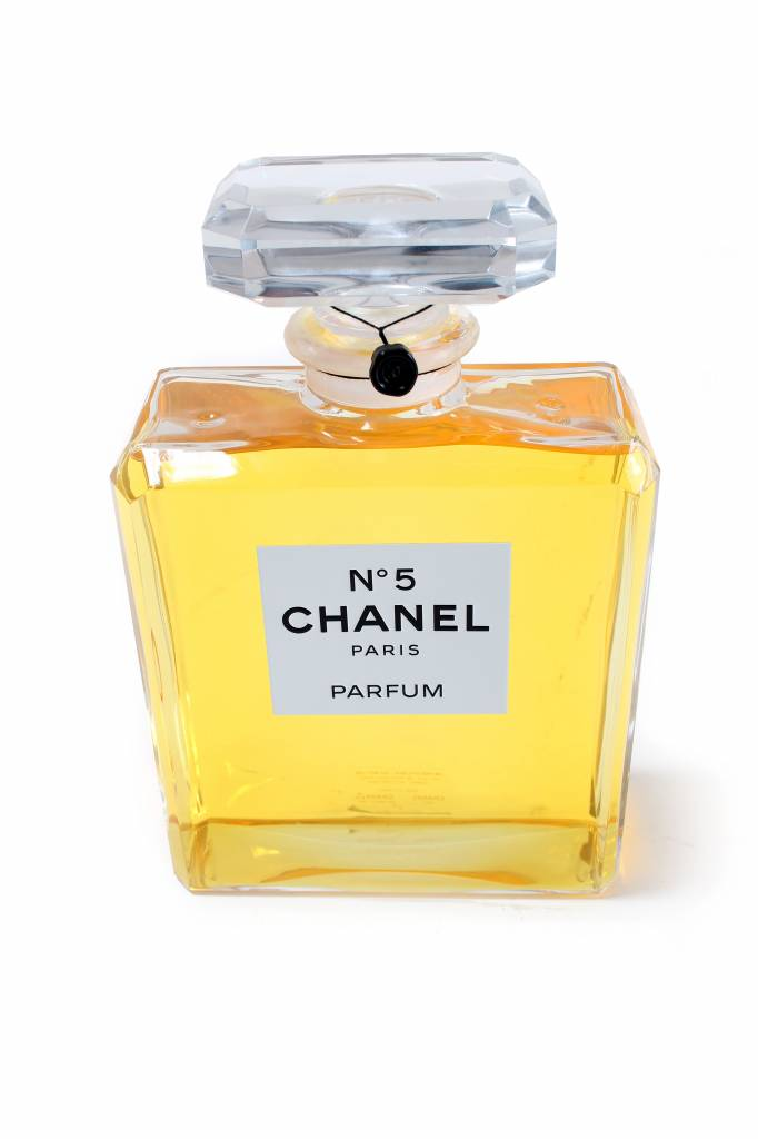 XXL Chanel N°5 Factice dummy