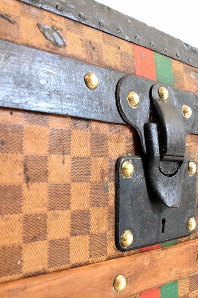 Antieke Louis Vuitton Damier koffer uit 1888