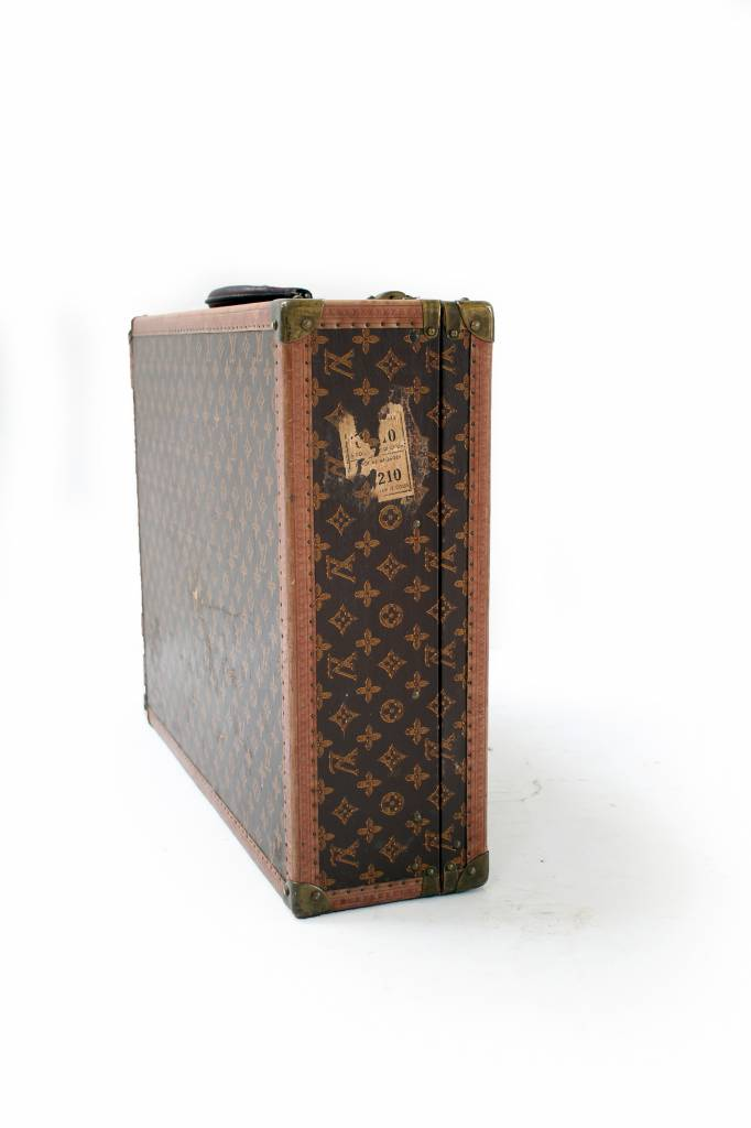 Louis Vuitton suitcase 1950 with painted monogram