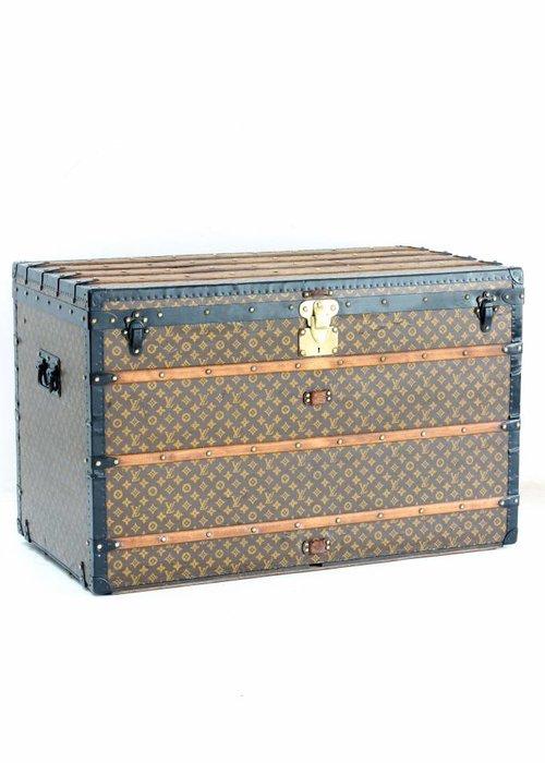 Louis Vuitton trunk XXL