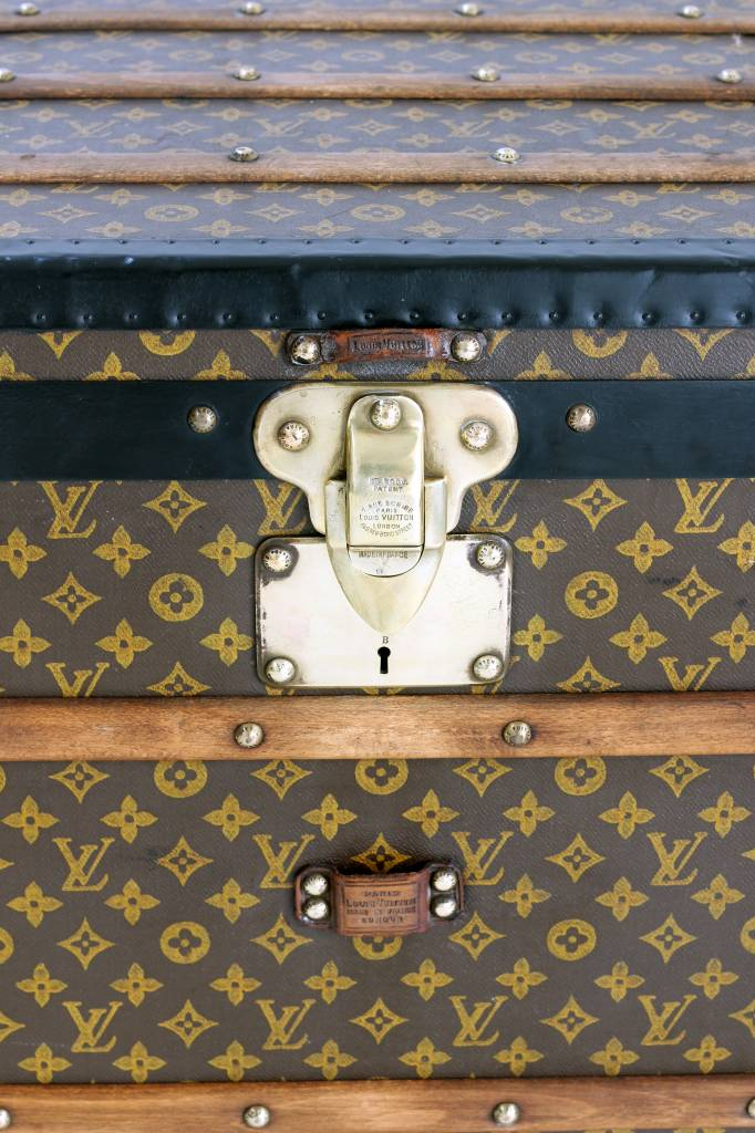 Louis Vuitton trunk painted monogram XXL
