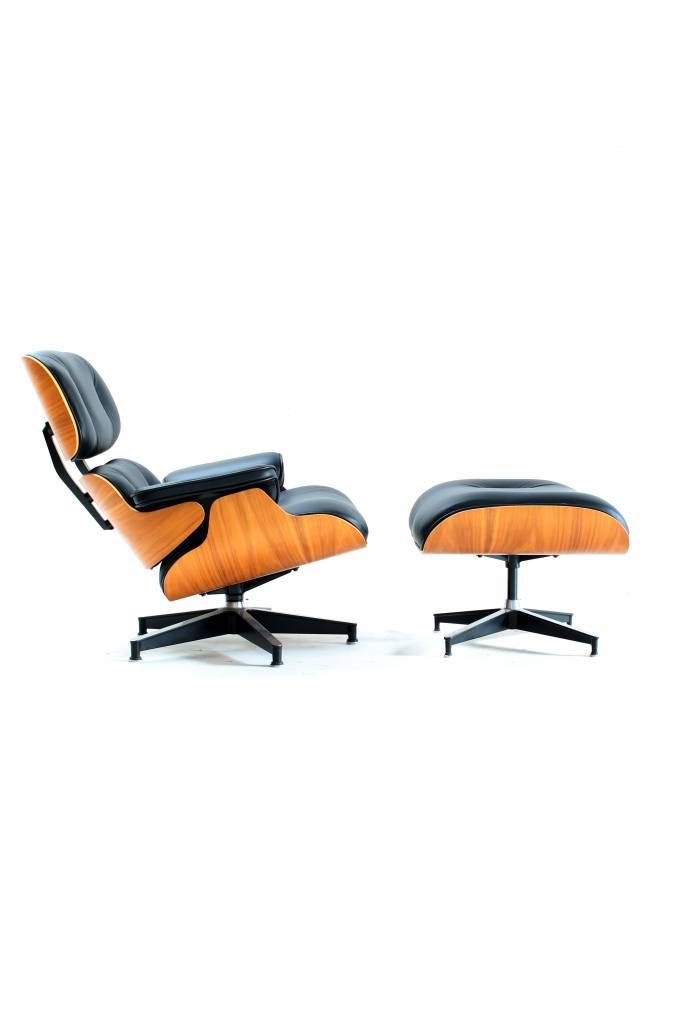 Charles Eames Lounge Chair Herman Miller for sale