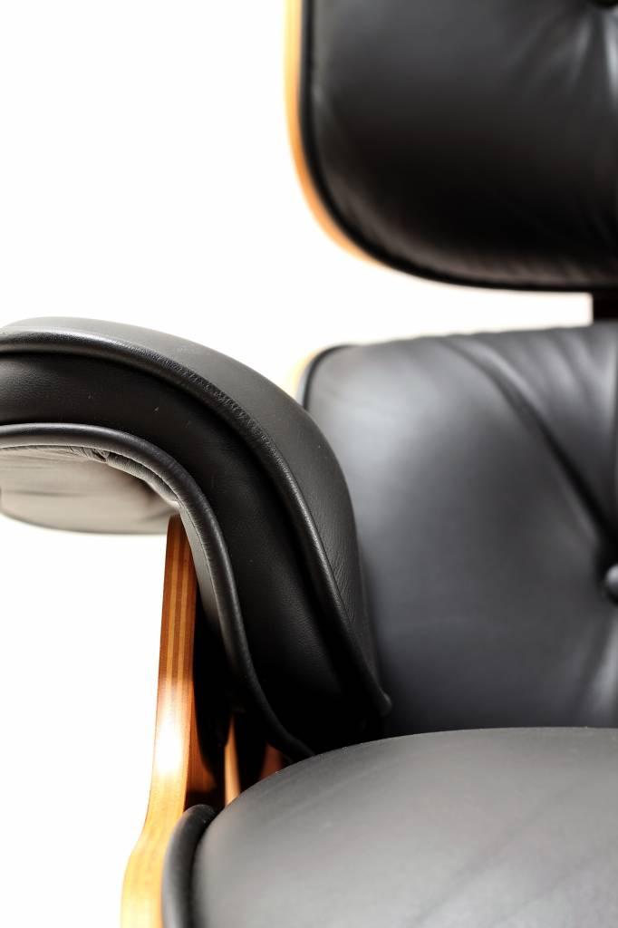 Charles Eames Lounge Chair Herman Miller te koop