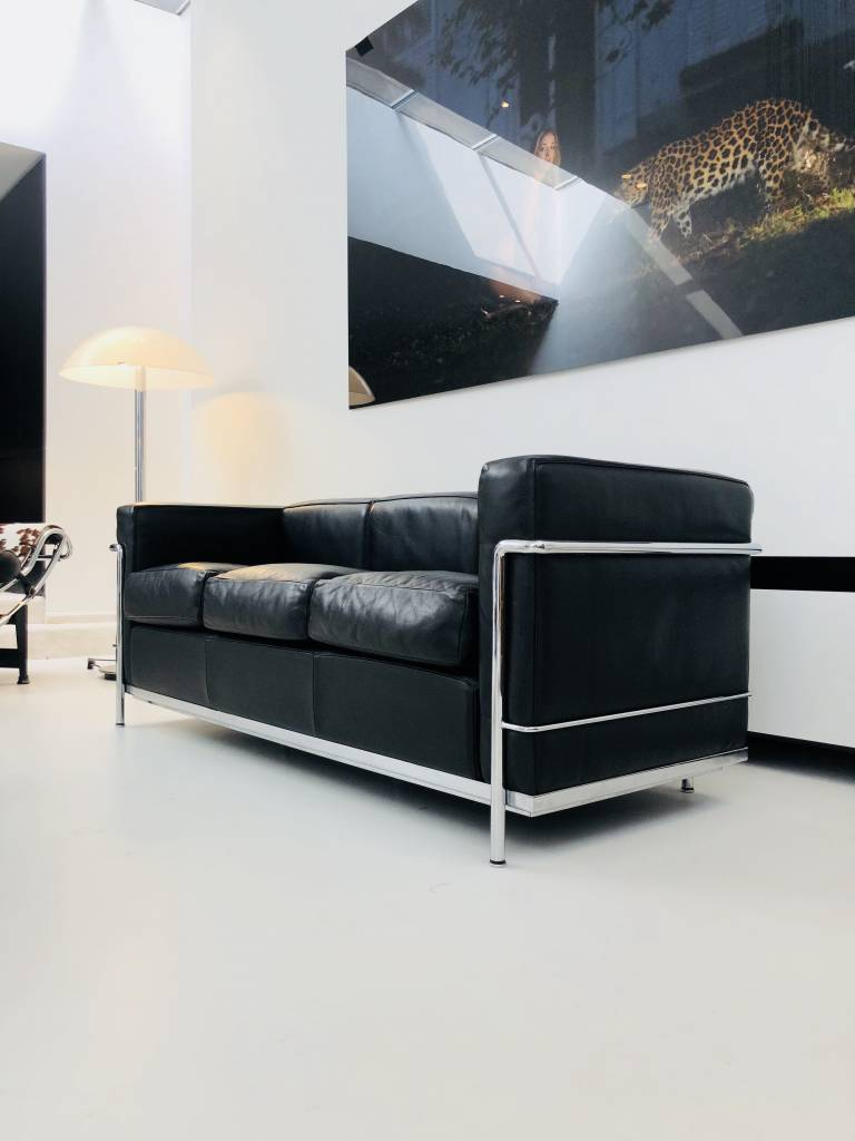 LE CORBUSIER LC2 3ZIT BLACK