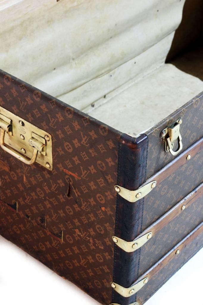 Vintage large antiques Louis Vuitton suitcase
