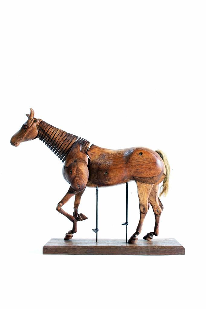 horses lay figure circa 1940