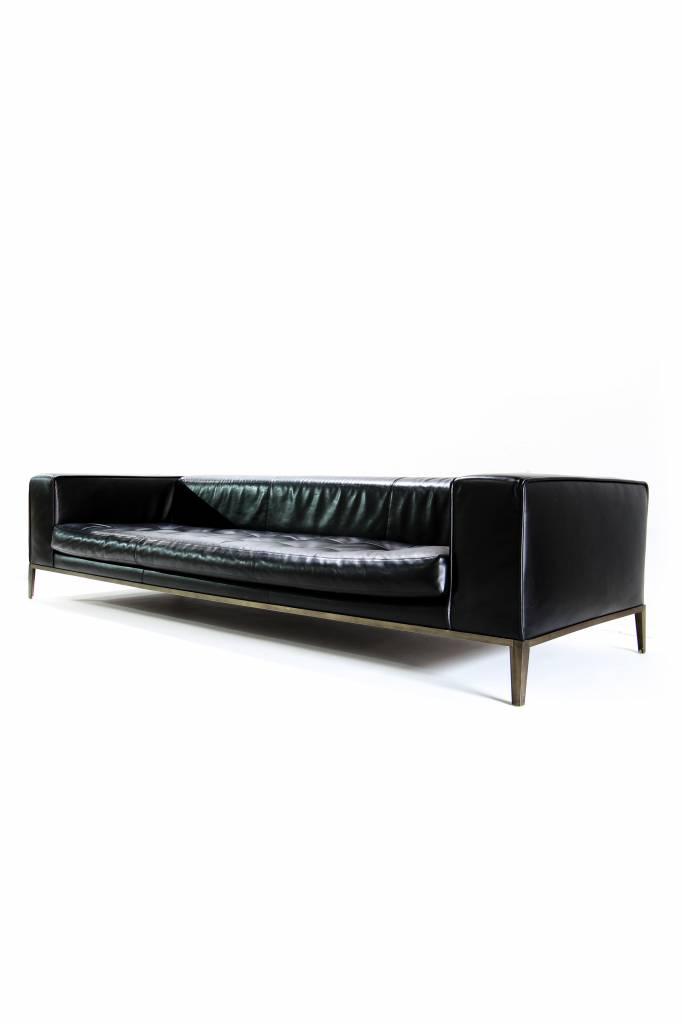 B & B Maxalto Simplex salon in black leather