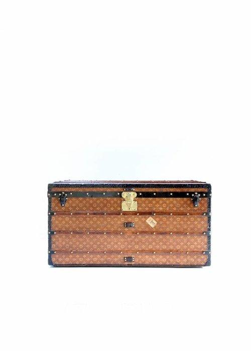 Louis Vuitton suitcase, 1920