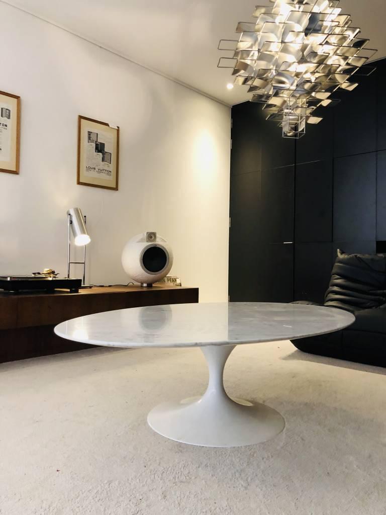Original vintage Knoll oval coffee table marble