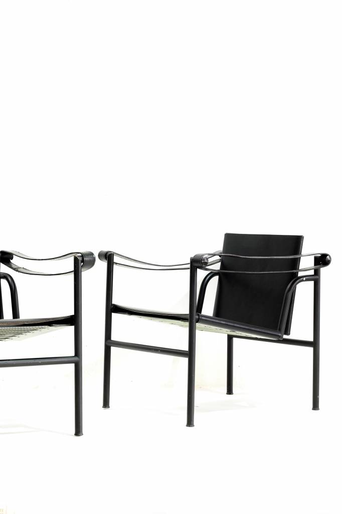 Couple design chairs Le Corbusier - LC1 black editon