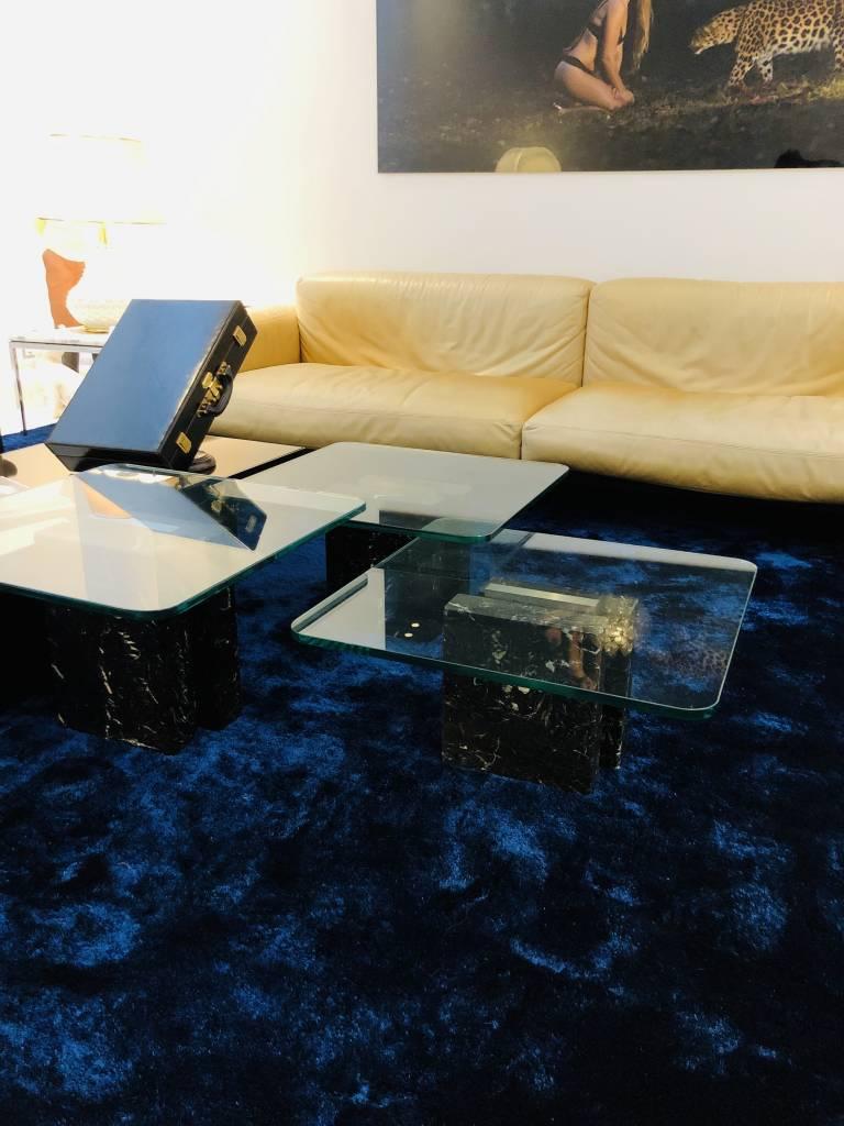 Design tafeltjes met marmer en glas