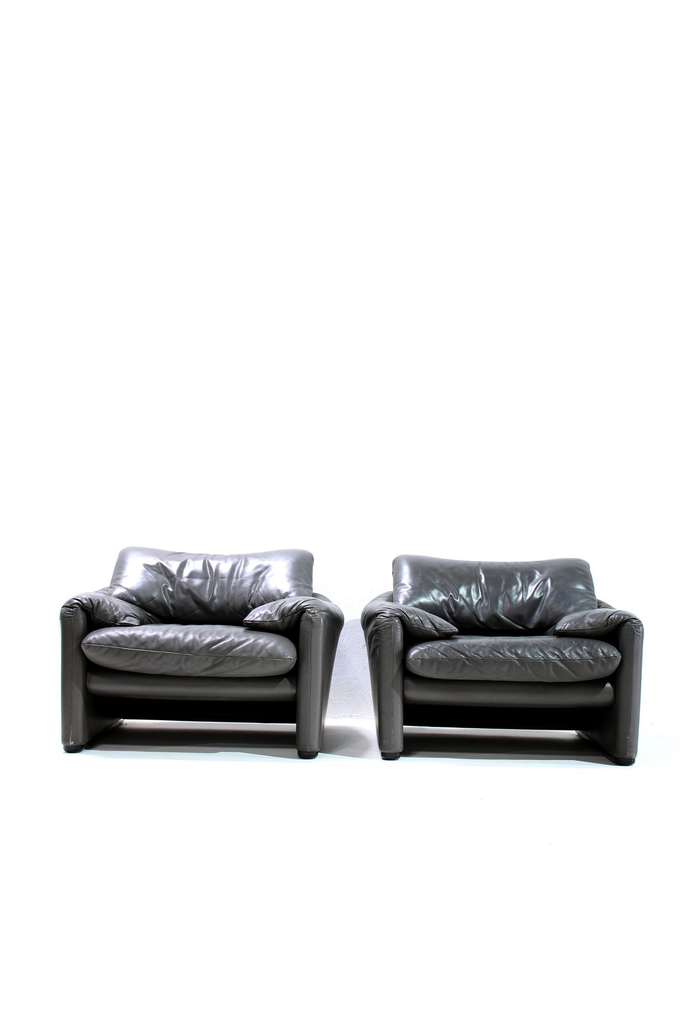 Maralunga sofa set door Vico Magistretti voor Cassina
