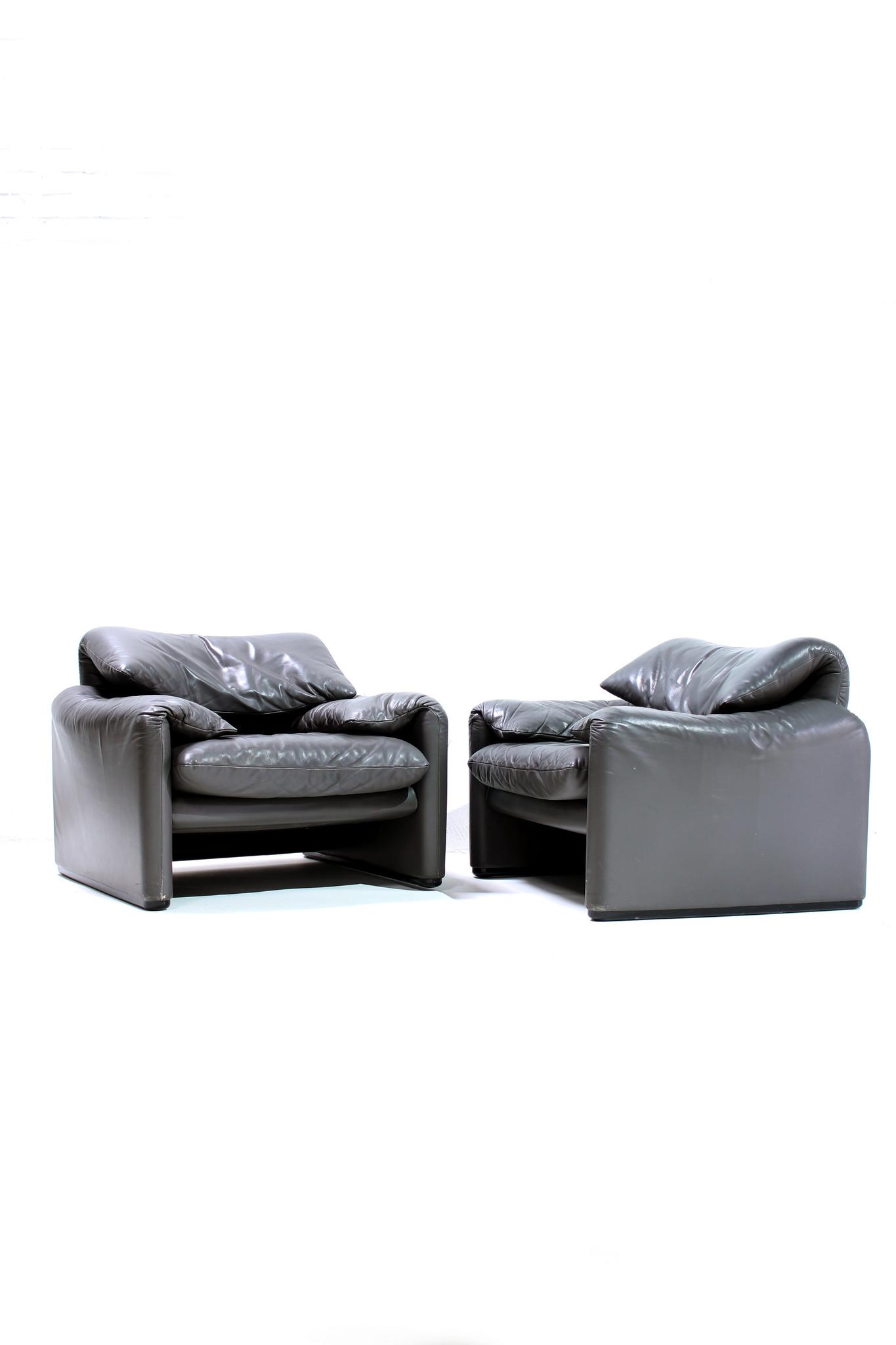 Maralunga sofa set by Vico Magistretti for Cassina