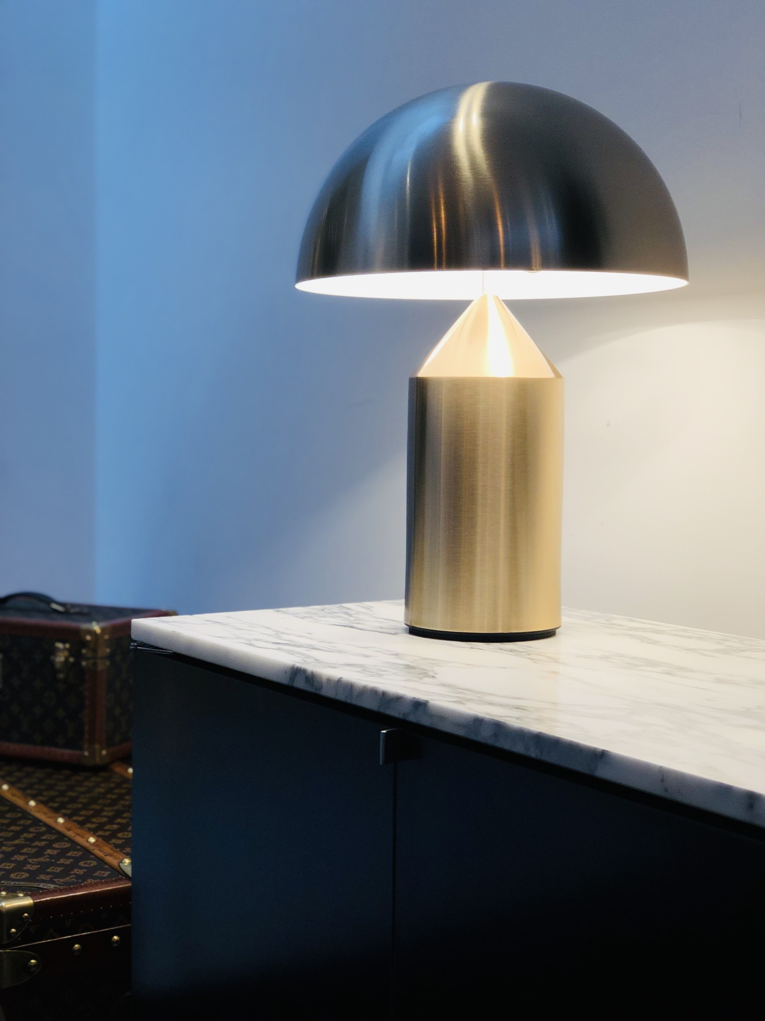 Atollo tafellamp goud