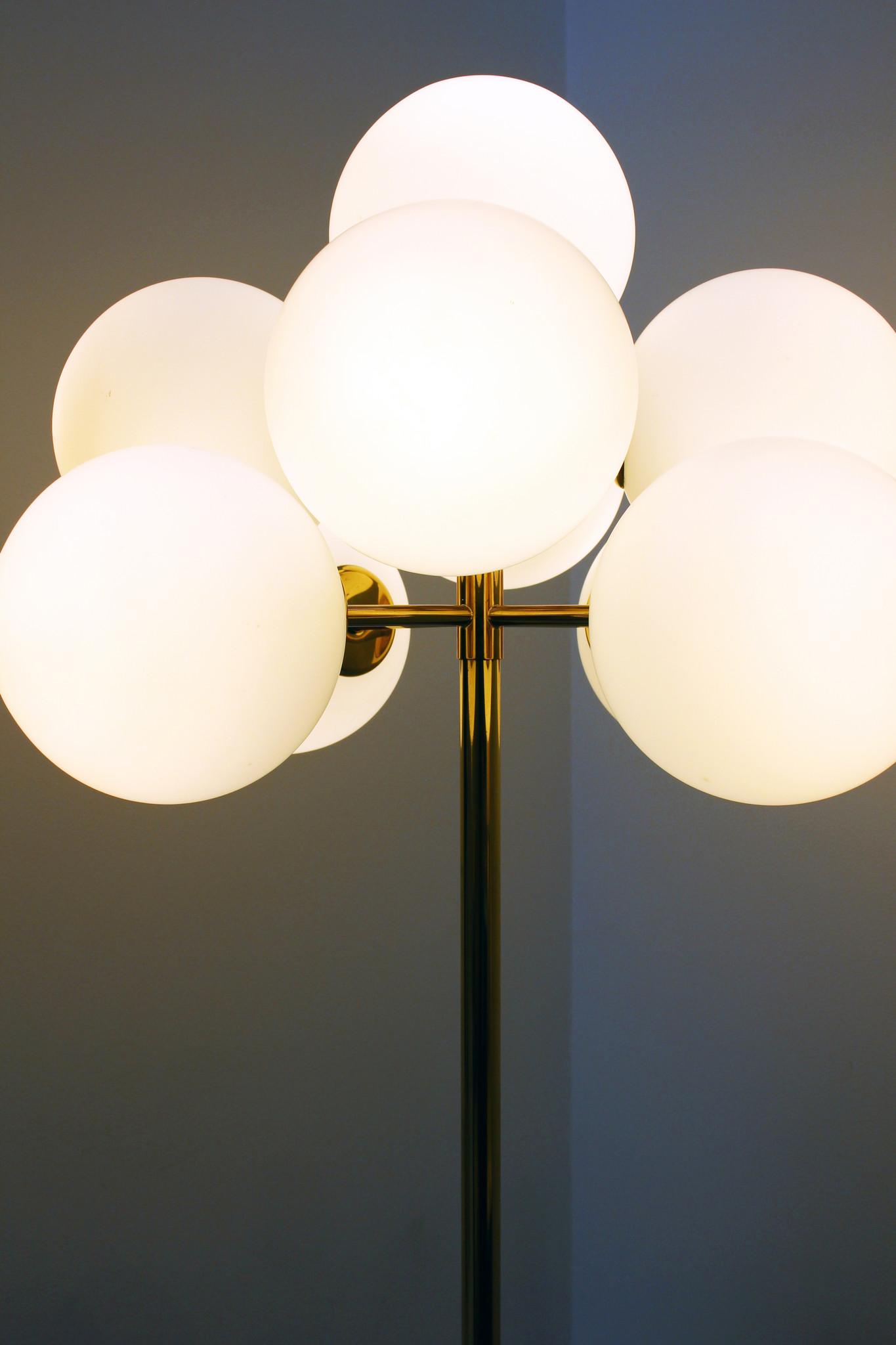 Messing vloerlamp door Max Bill Voor Temde 1960s