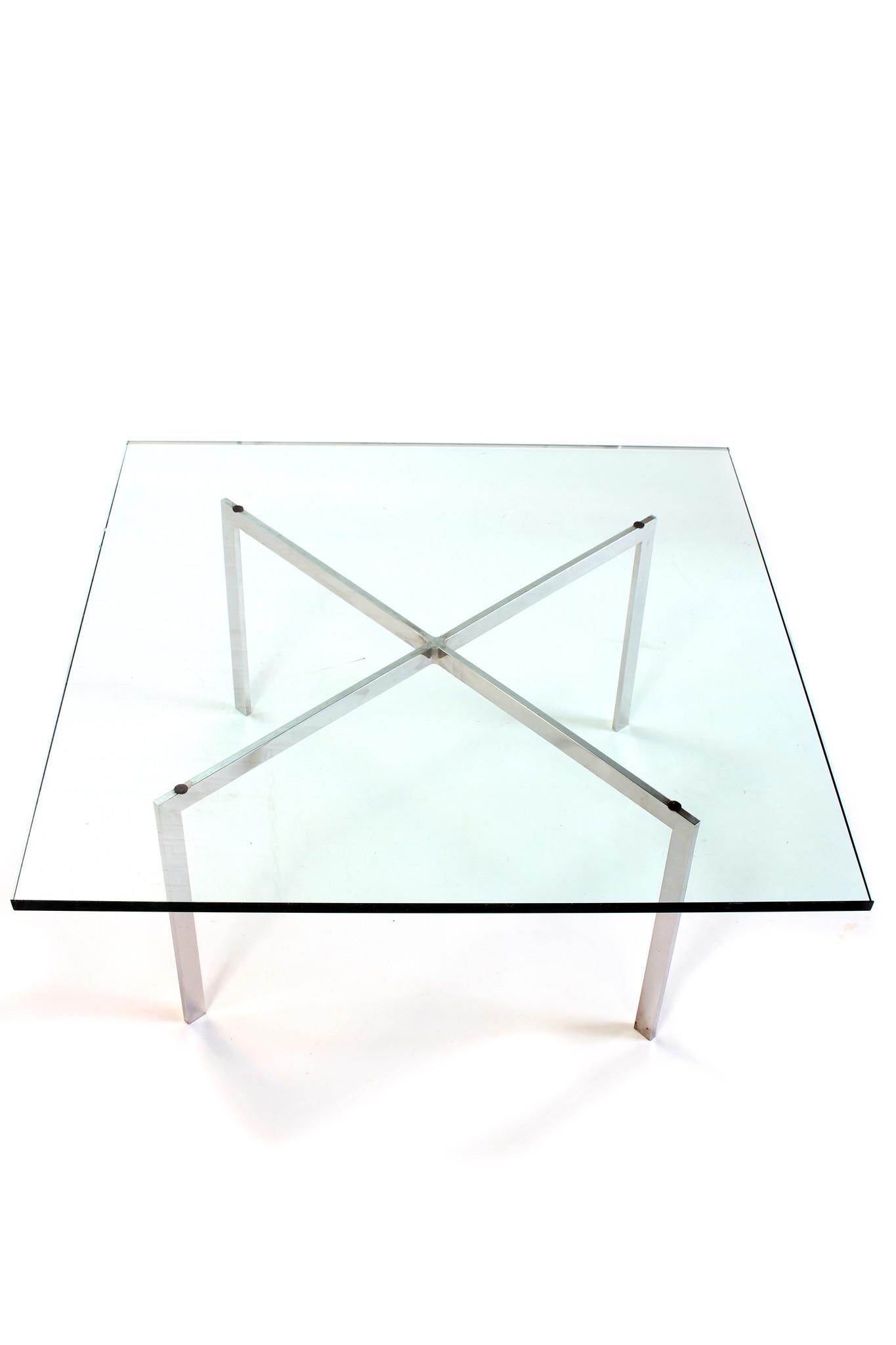Coffee table Barcelona Ludwig Mies van der Rohe