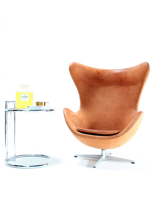 Vintage Egg Chair by Arne Jacobsen