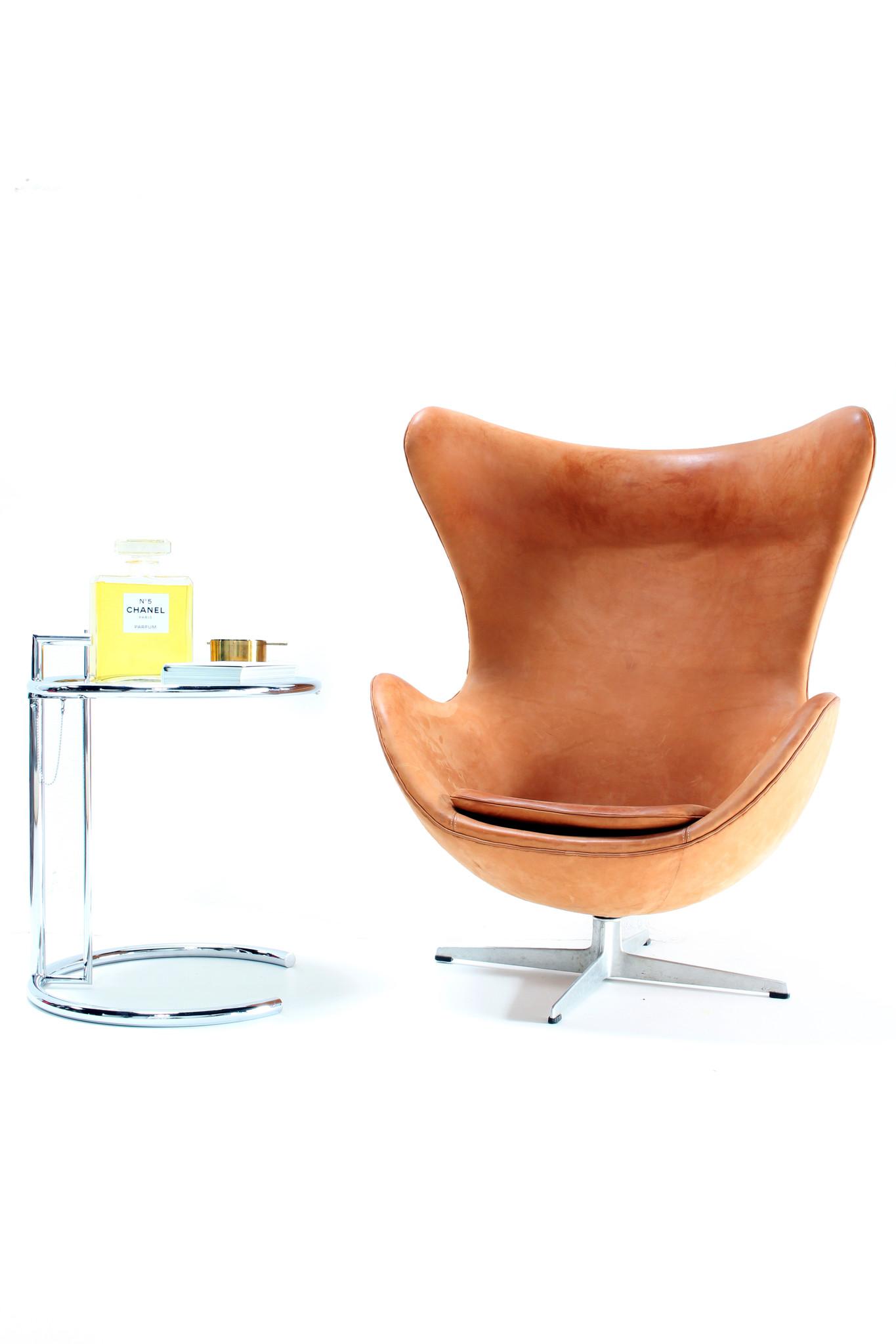 Egg Chair Stof.Vintage Egg Chair Door Arne Jacobsen Voor Fritz Hansen Wauwshop
