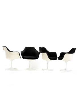 Tulip stoelen door Eero Saarinen