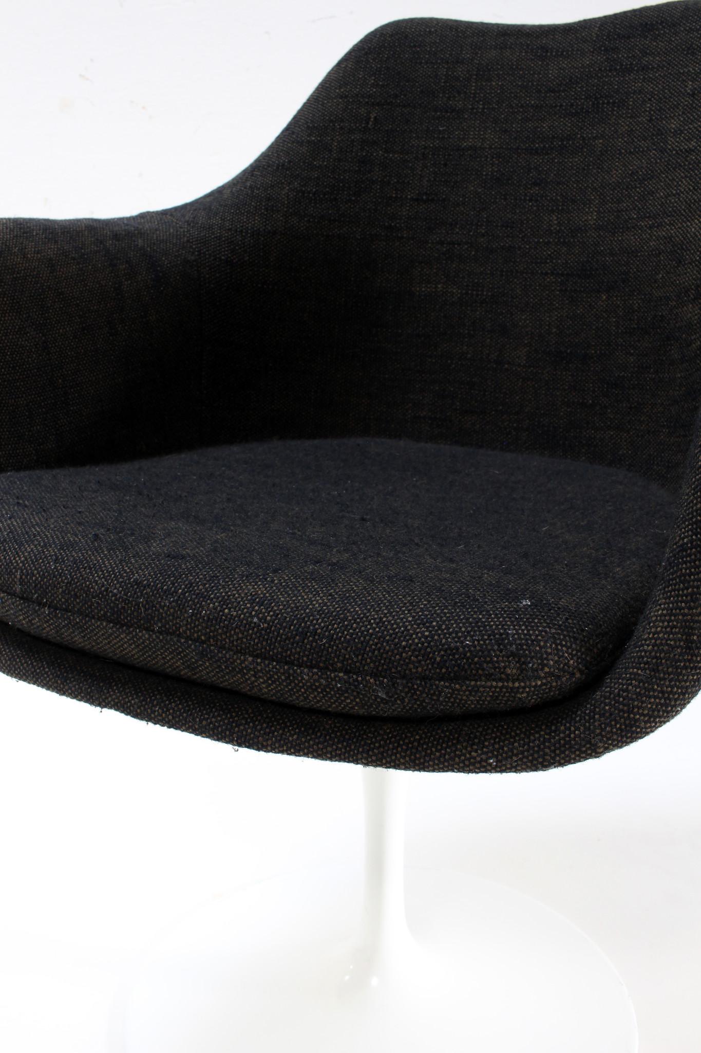 Set van 4 Tulip stoelen door Eero Saarinen voor Knoll International