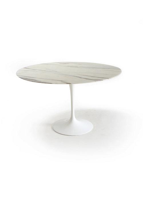 Knoll eettafel door Eero Saarinen