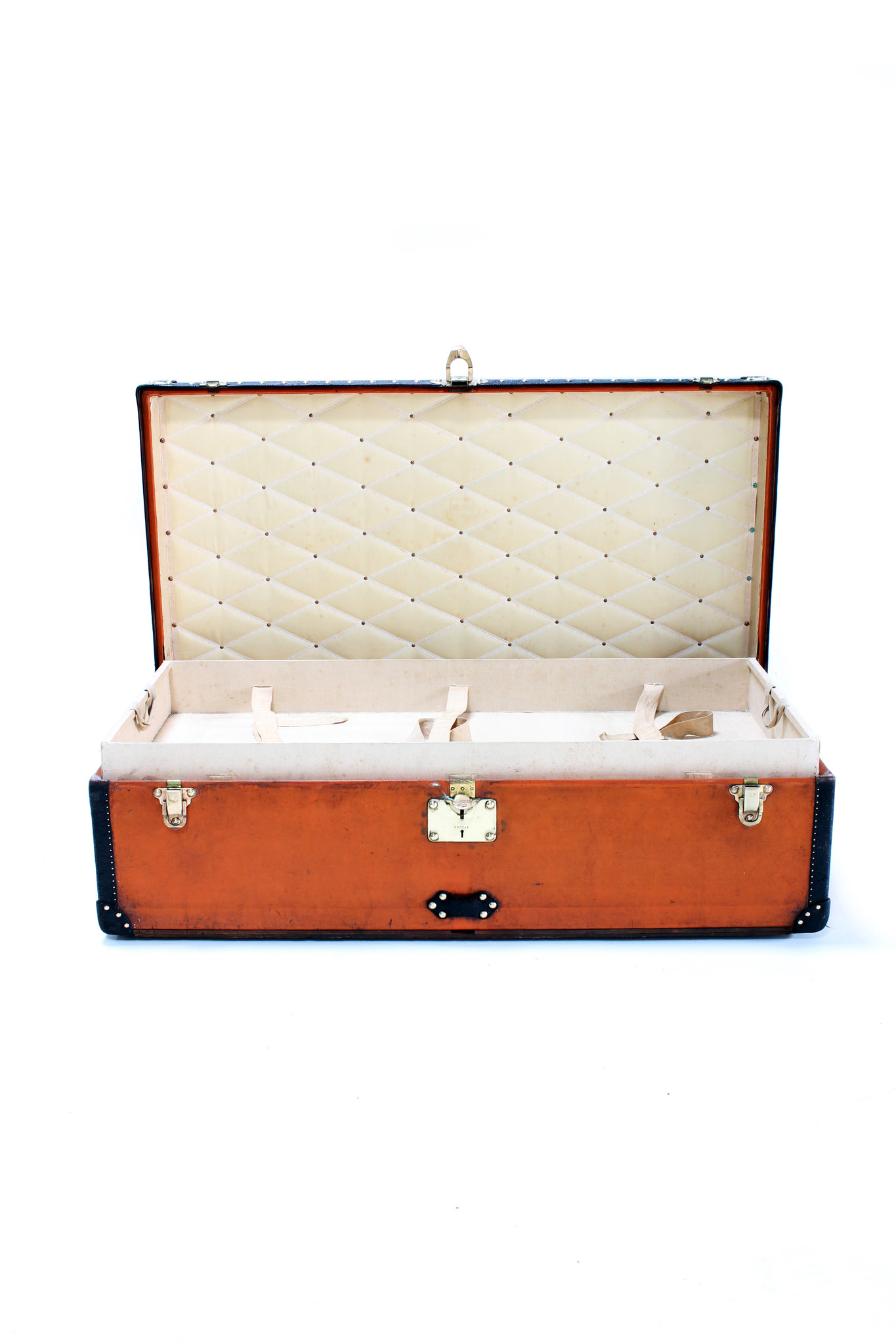 Louis Vuitton trunk silly cabin I Lovely orange