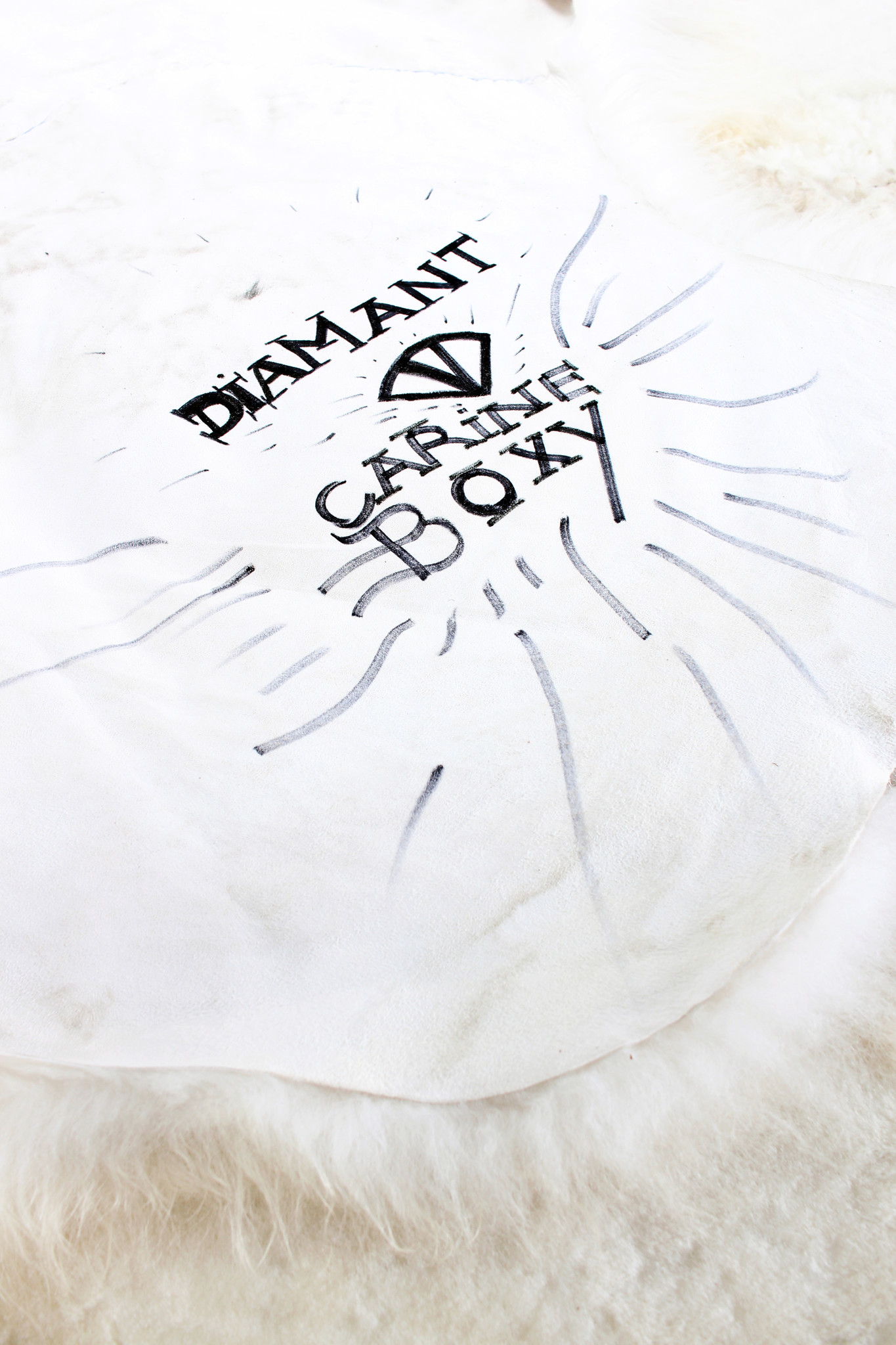 "Carine Boxy carpet ""Diamant"""