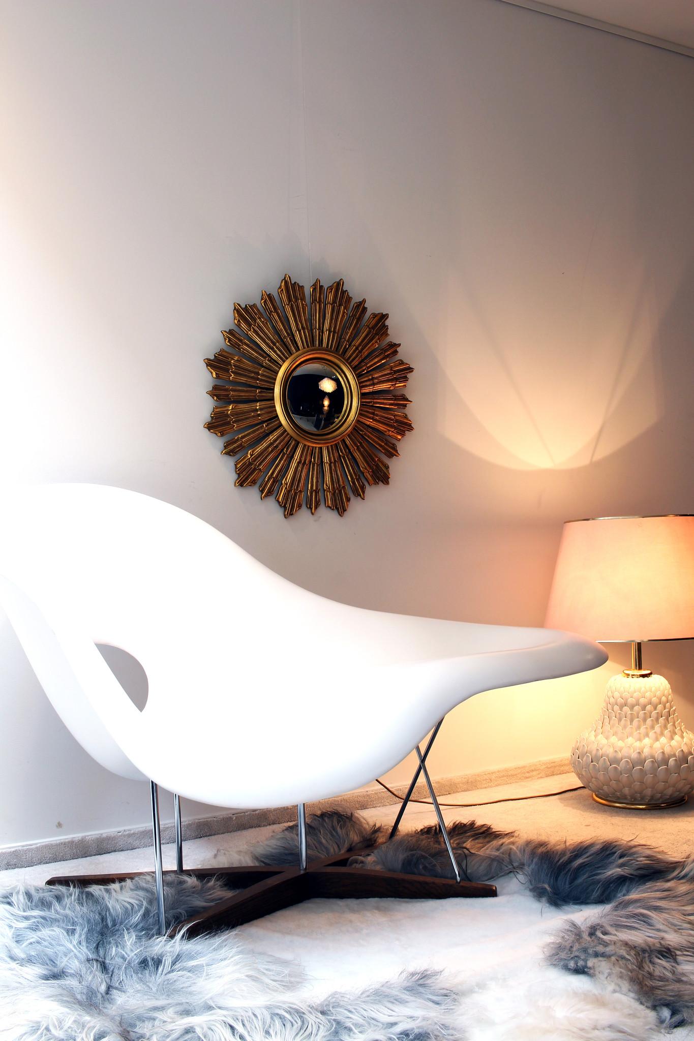 Authentic sun mirror