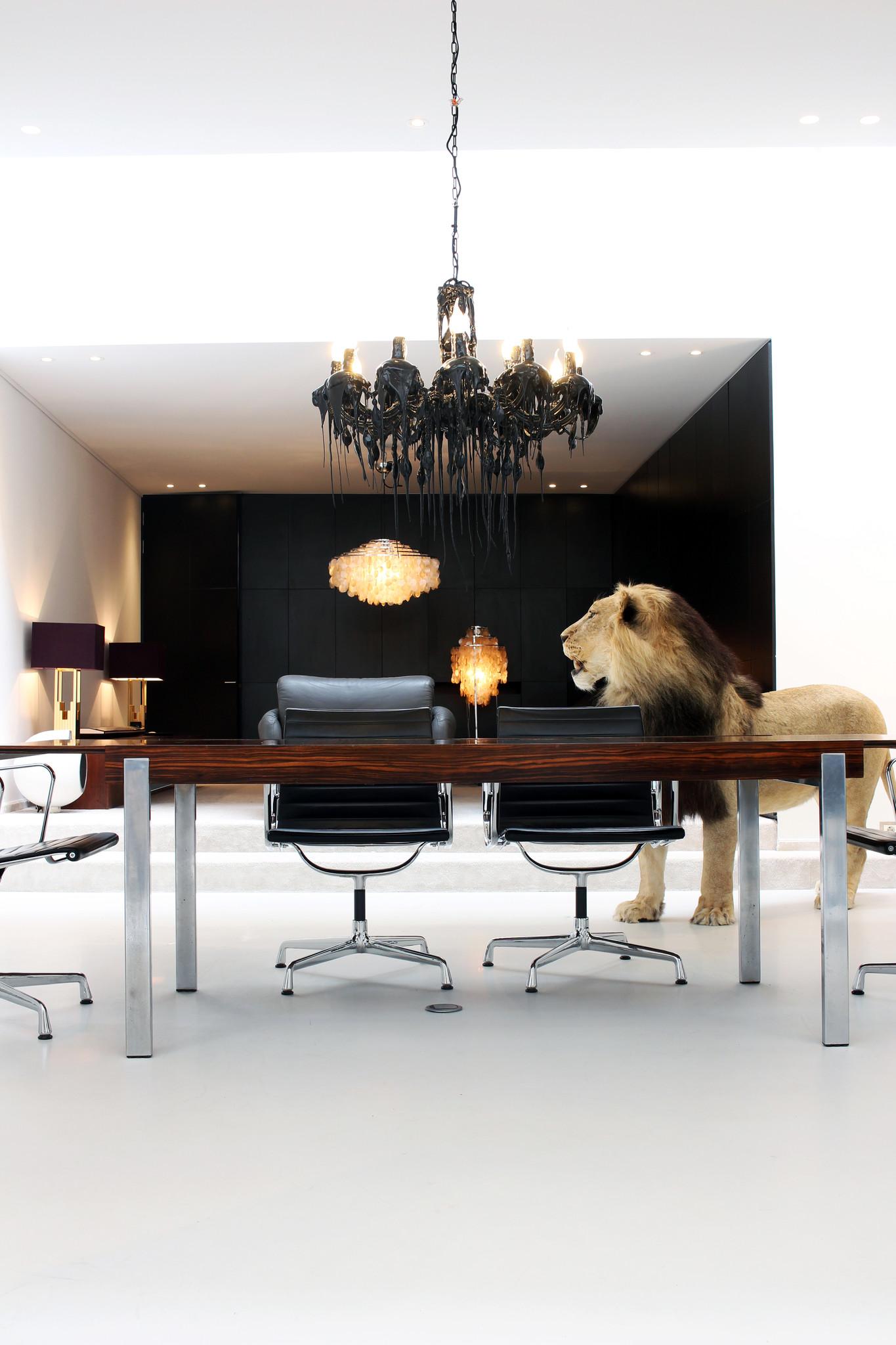 Design De Coene rosewood dining table