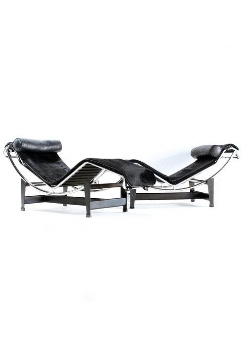 Le Corbusier LC4 set of 2