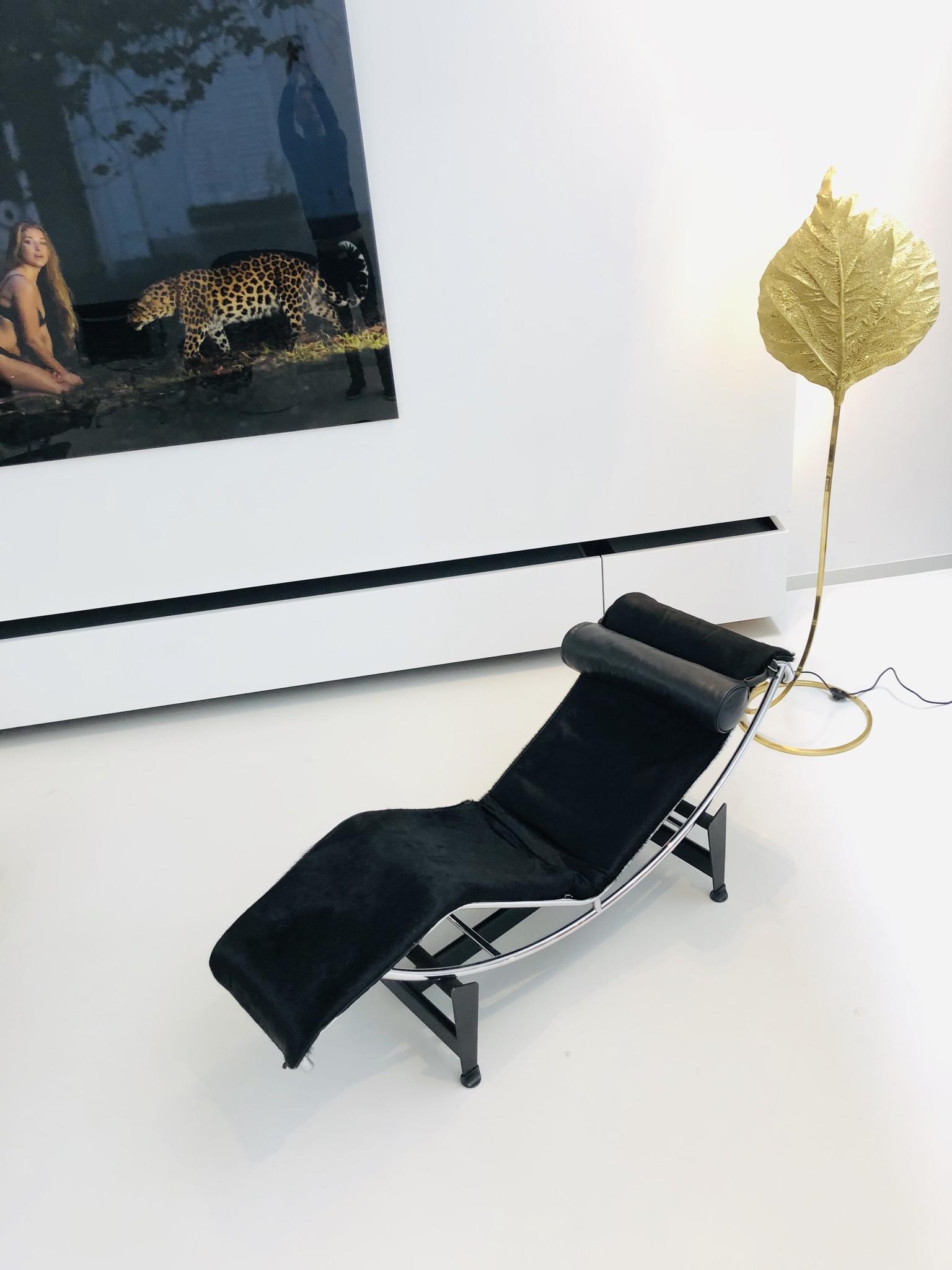 Le Corbusier LC4 set van 2