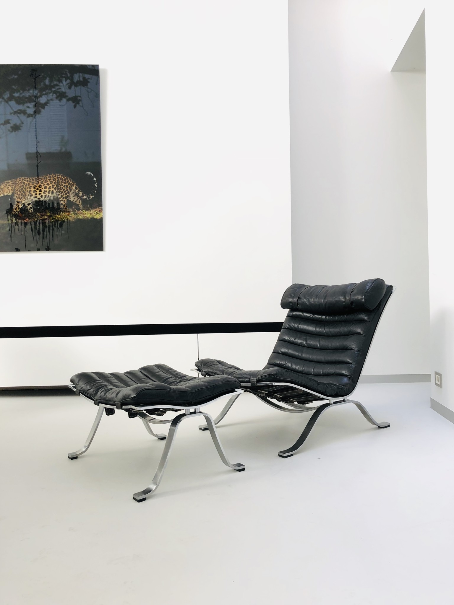 Ari lounge chair door Arne Norell