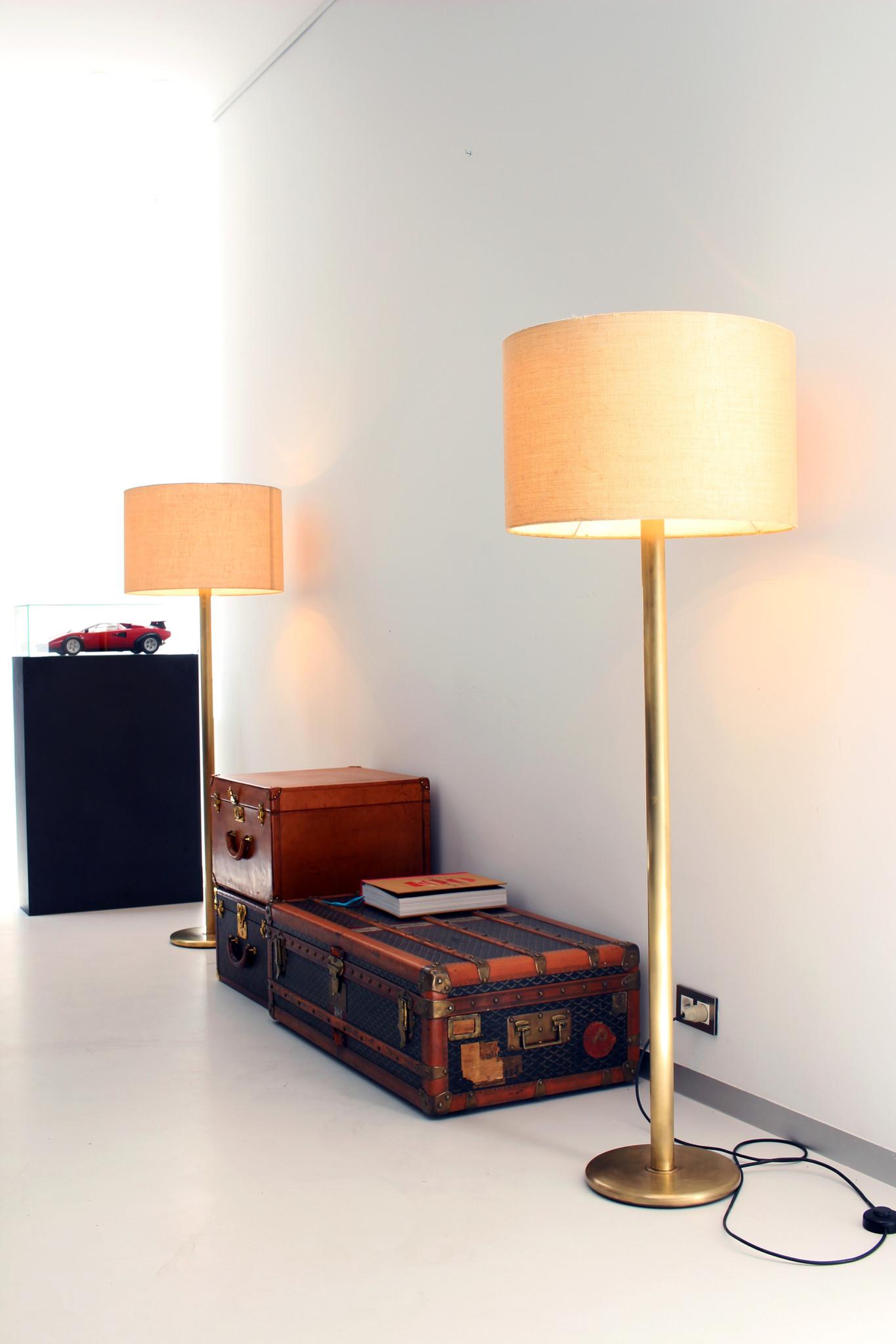 Paar vintage messing vloerlampen jaren 1970