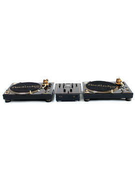Technics set Limited edition goud