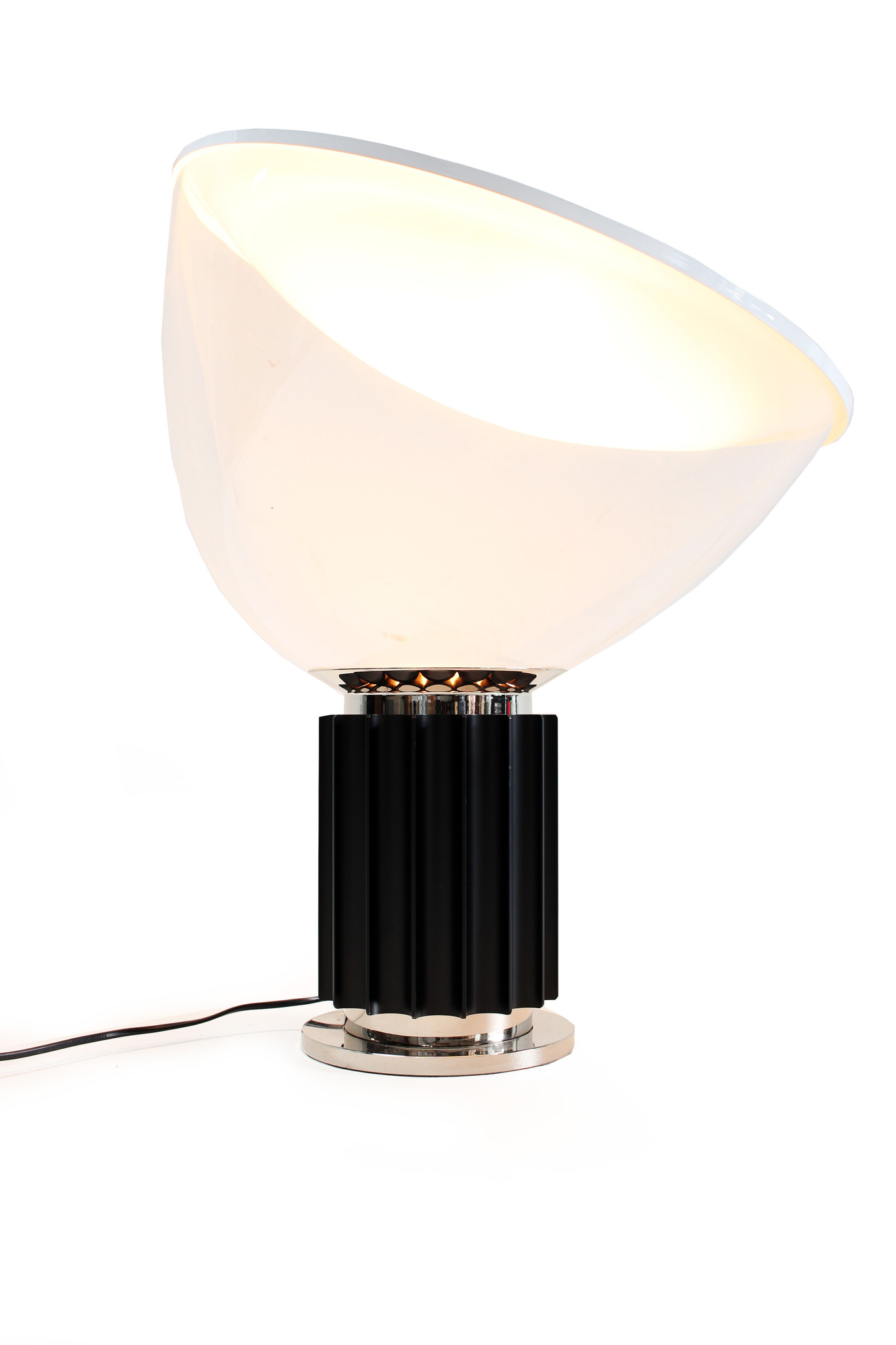 Flos table lamp Taccia with glass shade