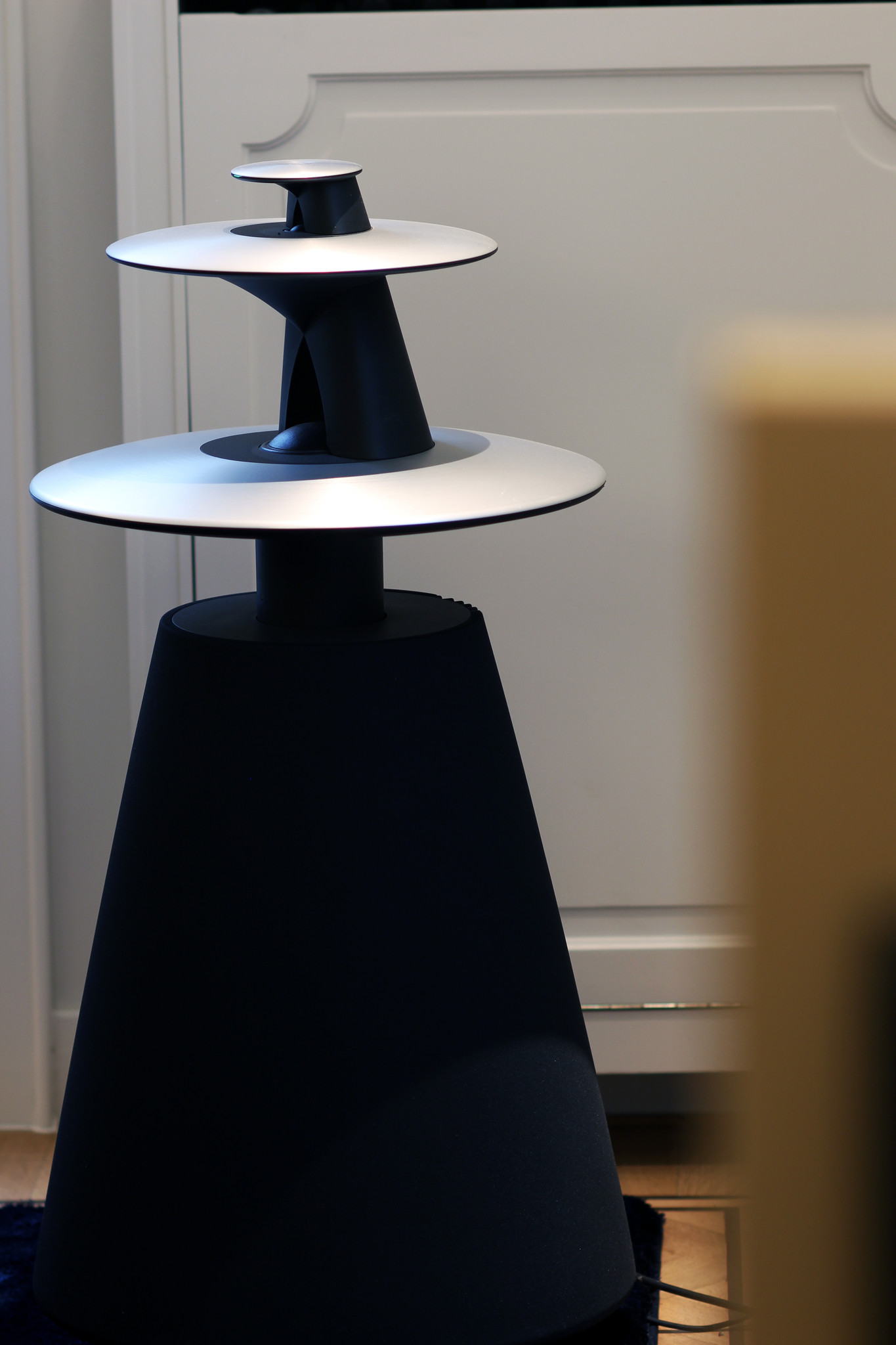 B&O speakers Beolab 5