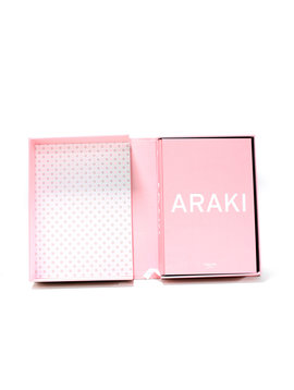 Araki XXL fotoboek